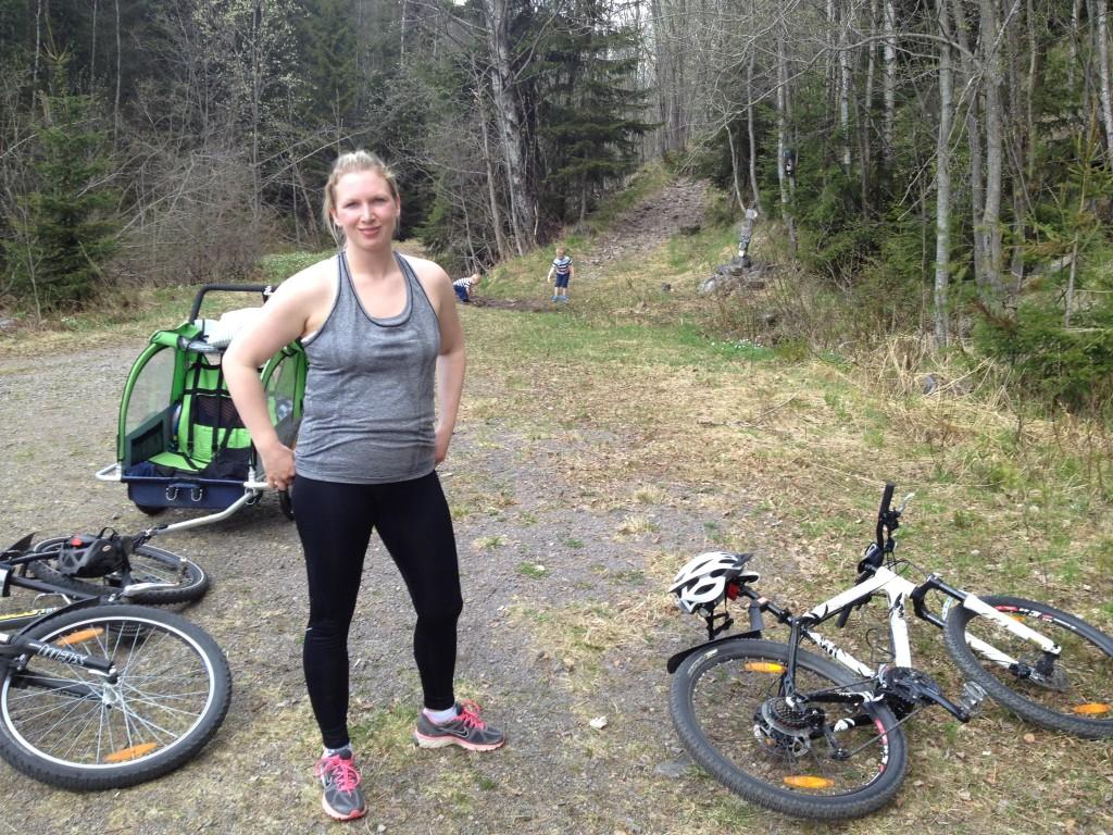 På sykkeltur med familien 18 Mai 2013. Lillomarka rundt, med feilkjøringer 44,3 km